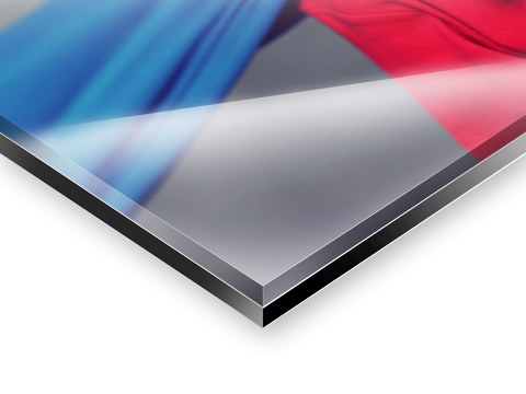 Die Verbindung Von Alu Dibond Und Acrylglas Schafft Eine Einzigartige  Kombination Der Eigenschaften Dieser Modernen Materialien. Drucken Sie Ihr  Photo Mit ...