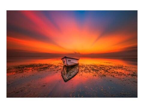 Fischerboot bei Sonnenaufgang auf Bali