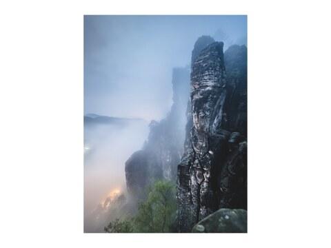 Basteiaussicht bei Nacht im Elbsandsteingebirge
