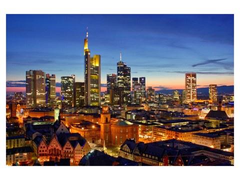 stilvolles poster der frankfurt skyline f r elegantes flair. Black Bedroom Furniture Sets. Home Design Ideas